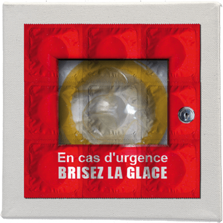 En Cas D'urgence Brisez La Glace - Picture Of 9 Condoms